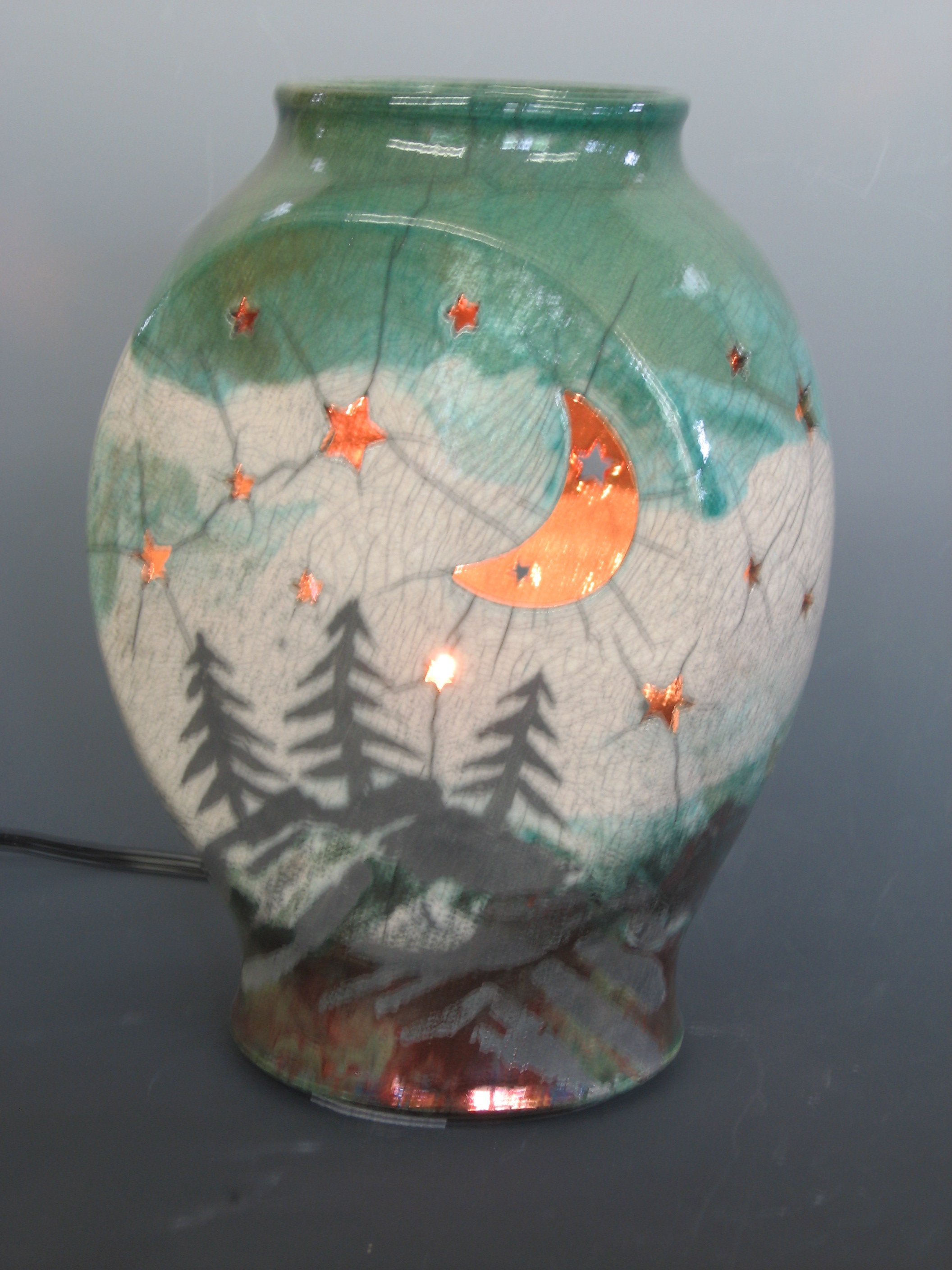 raku-nightlight-with-trees