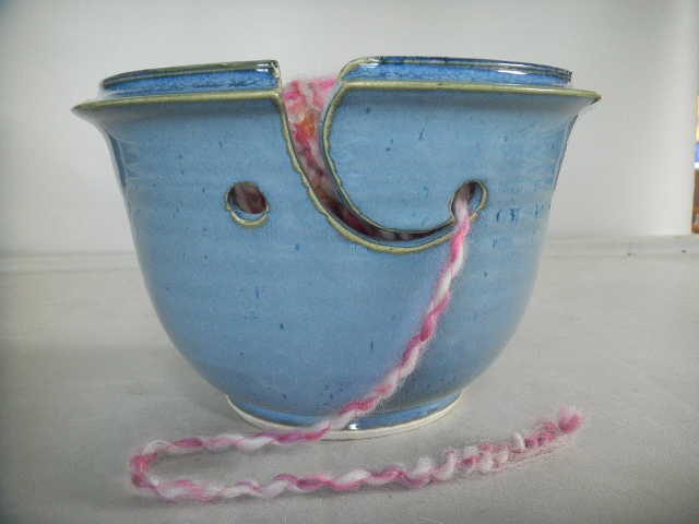 tb-pots-blue-yarn-bowl